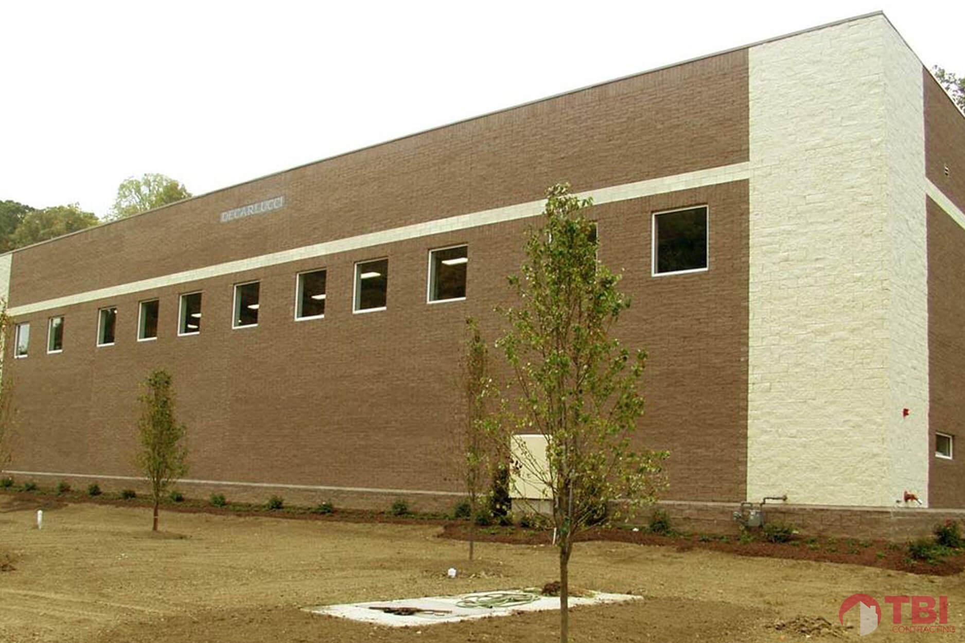https://tbicontracting.com/wp-content/uploads/2015/04/vincent-james-warehouse-project-2.jpg