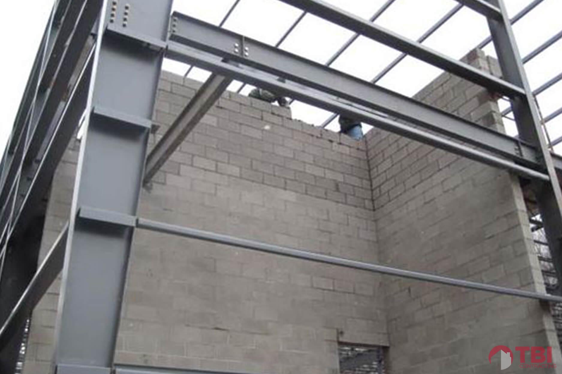 https://tbicontracting.com/wp-content/uploads/2015/04/vincent-james-warehouse-project-5.jpg
