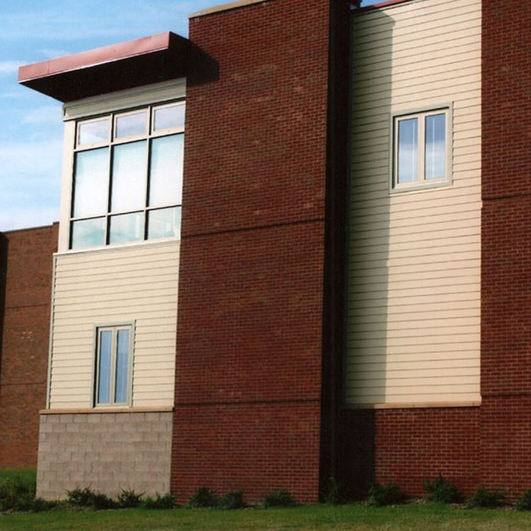 https://tbicontracting.com/wp-content/uploads/2015/05/washington-county-health-center-1-1080x1080.jpg